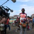Stop Filming Us Uitgelichte Afbeelding